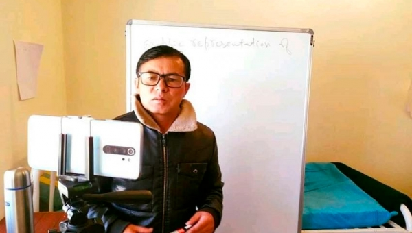 Covid Positive Ladakh Teacher Conducts Online Classes From Isolation Centre